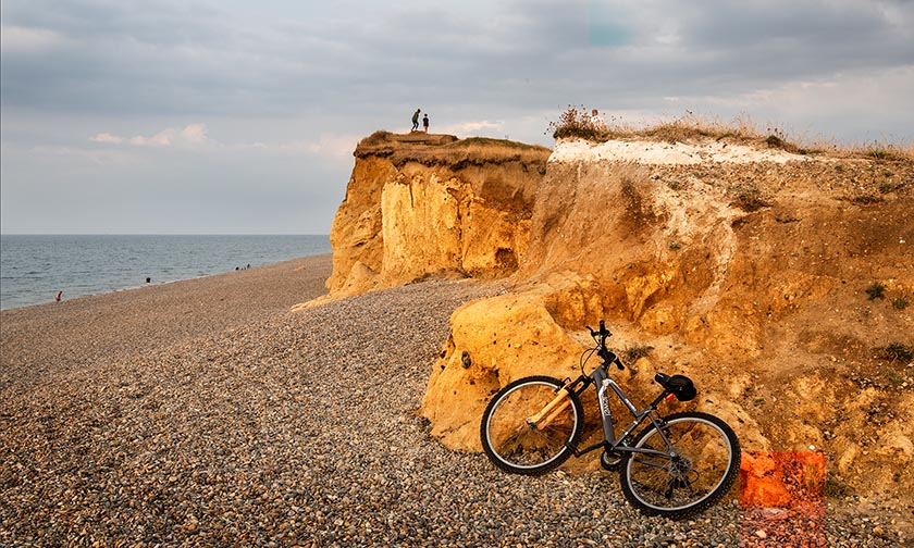 S_FIRST PLACE – Holidaying At Weybourne by Tony Luxton LRPS copy copy